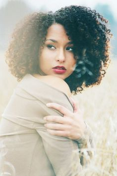 curly hair | http://curlyessence.com | #natural