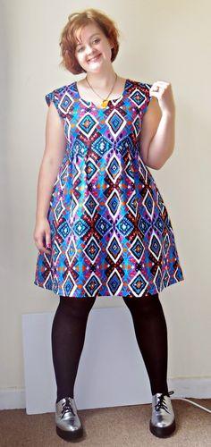 DFabrication: Jazzy Washi Dress - lovely Washi dress and shirring tips Washi Dress, Diy Dress, Sew Your Own Clothes, Sewing Clothes, Dress Sewing Patterns, Clothing Patterns, Modest Dresses, Modest Outfits, Chitenge Dresses