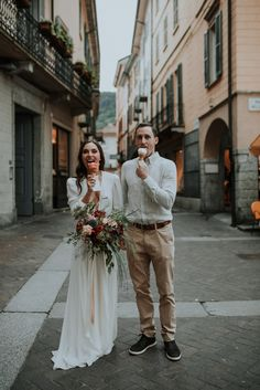 Sweet and romantic anniversary session for this couple in Lake Como, Italy Wedding Pics, Wedding Shoot, Wedding Bride, Wedding Posing, Budget Wedding Dress, Low Budget Wedding, Couple Photography, Wedding Photography, Romantic Anniversary