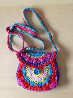 `k Heb voor de verandering eens een fleurig kindertasje gehaakt. Het patroon komt van www.tamitha.nl en is erg duidelijk!