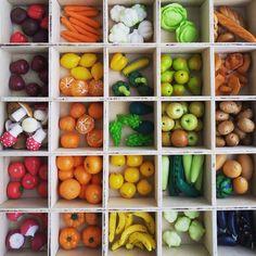 Всем привет! я овощелеп! леплю для малышей миниатюрные овощи и фрукты из полимерной глины, первый пост:)