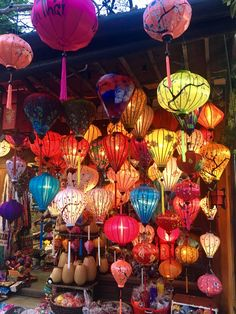 Hoi An, Vietnam with kids: bicycles, lanterns and boats. Hanoi Vietnam, Vietnam Travel, Round The World Trip, Hoi An, Small Island, Yum Yum Chicken, Lanterns, Old Things, Table Lamp
