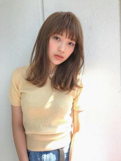 Head to the webpage to see more about cute hairstyles Hairstyle Look, Hairstyles With Bangs, Pretty Hairstyles, Girl Hairstyles, Medium Hair Styles, Short Hair Styles, V Hair, Little Girl Haircuts, Mid Length Hair