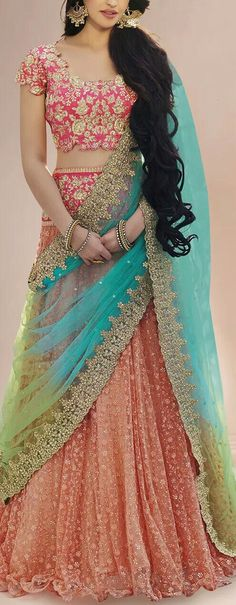 Indian fashion has changed with each passing era. The Indian fashion industry is rising by leaps and bounds, and every month one witnesses some new trend o Half Saree Lehenga, Lehnga Dress, Lehenga Choli Wedding, Lengha Choli, Silk Dupatta, Sharara, Anarkali, Half Saree Designs, Lehenga Designs