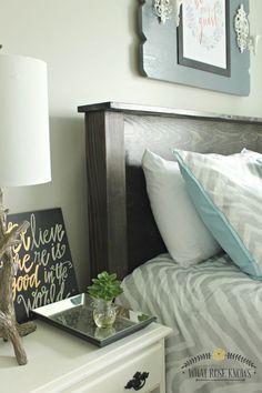 Diy Wood Headboard Ideas Queen Size New Ideas Wood Bedroom, Bedroom Sets, Bedroom Decor, Master Bedroom, Homemade Headboards, Diy Headboards, Diy Wood Projects, Home Projects, Plywood Headboard