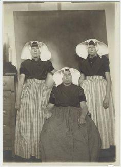 Dutch immigrants at Ellis Island, New York.