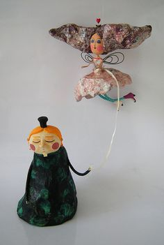 grimm and fairy fairytale surreal art sculpture to love paper mache Paper Mache Projects, Paper Mache Clay, Paper Mache Sculpture, Paper Mache Crafts, Clay Art, Sculpture Art, Origami, Doll Painting, Paperclay