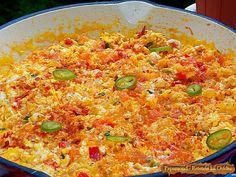 De mare tradiţie în Turcia, menemen este o preparat pentru un mic dejun bazat pe ouă şi o varietate mai mică sau mai mare de legume.