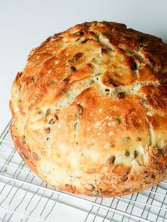 Grydebrød Bread Recipes, Cooking Recipes, Bread Bun, Food Crafts, Different Recipes, Bread Baking, I Love Food, Finger Foods, Food And Drink