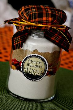 Great idea for favors for the party...cookies in a jar, including free printables!