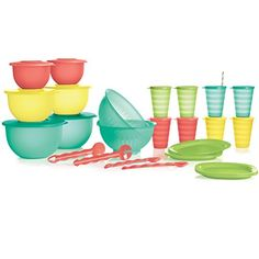This is an awesome deal! Great to make-over your kitchens Tupperware Look, Share with a friend or save for the next wedding shower!
