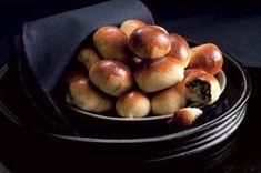 Ćervená řepa 14x jinak   Apetitonline.cz Pretzel Bites, Bread, Fruit, Food, Brot, Essen, Baking, Meals, Breads