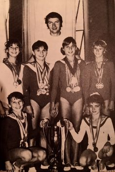 Gymnastics Pictures, Sport Gymnastics, Olympic Gymnastics, Gymnastics Stuff, Nadia Comaneci, Romanian Girls, Sports Stars, Olympics, Athlete