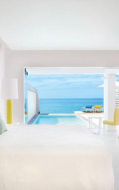 Das #Grecotel White Palace auf #Rhodos ist ein #Luxushotel, wie es im Buche steht. Wie wäre es, wenn ihr morgens von der Sonne wachgekitzelt werdet, eure Terrassentür öffnet und in den #Pool springt? Grecotel LUX.ME White Palace***** #Griechenland #Kreta #Rethymnon #TUI #PrivatePool #DiscoverYourSmile Private Pool, Architecture, Home Decor, Hotels In Greece, Beautiful Hotels, Rhodes, Sun, Luxury, Arquitetura