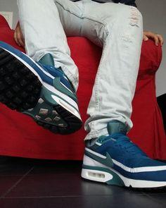 Jordans Sneakers, Air Max Sneakers, Air Jordans, Air Max Classic, Nike Air Max, Vans, Socks, Fashion, Men's Fashion Styles
