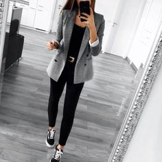 blazer and black skinny jeans all day every day! blazer and black skinny jeans all day every day! 30 Outfits, Casual Work Outfits, Business Casual Outfits, Mode Outfits, Work Attire, Work Casual, Classy Outfits, Fashion Outfits, Dress Casual