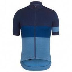 A merino-rich short sleeve jersey that excels through a range of temperatures, with styling inspired by classic jersey designs of the early century. Cycling Jerseys, Cycling Bikes, Bicycle Jerseys, Cycling Equipment, Road Cycling, Jersey Outfit, Bike Wear, Road Bike Women, Bicycle Race