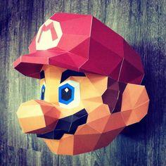 Sculpture Mario en papier - Paper Mario Sculpture #paper #papier #papercut #papercraft #pepakura #sculpture #design #vector #lowpoly #polygon #mario #supermario #smashbros #supersmashbros #nintendo