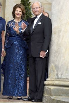 Queen Silvia of Sweden and Carl XVI. Gustaf, King of Sweden attend the Bayreuth Festival 2017 Opening on July 25, 2017 in Bayreuth, Germany.