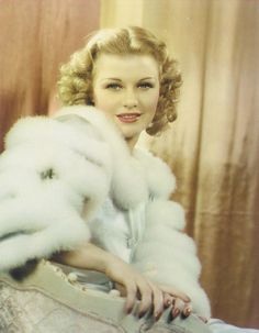 I understand that this was Ginger Rogers favorite True Color picture of her, taken around 1935. I can see why. Beautiful.