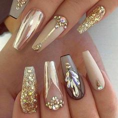 There are three kinds of fake nails which all come from the family of plastics. Acrylic nails are a liquid and powder mix. They are mixed in front of you and then they are brushed onto your nails and shaped. These nails are air dried. Acrylic Nails At Home, Acrylic Nail Designs, Nail Art Designs, Nail Designs Bling, Awesome Nail Designs, Nail Crystal Designs, Best Nail Designs, Chrome Nails Designs, Gold Designs