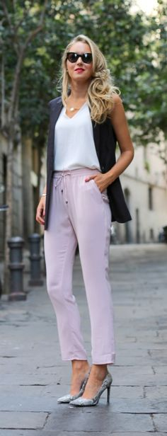 blush pink relaxed drawstring pants, long black vest, white v-neck shell + snakeskin pointed toe pumps // cc: @mangofashion