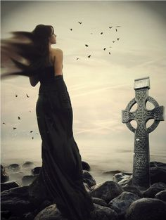does it look as though she has wings, as though she longs to fly with those birds? Do you enjoy reading stories about people from different cultures finding love? Check these out. Dark Fantasy, Fantasy Art, Celtic Connections, Celtic Circle, Celtic Art, Celtic Crosses, Dark Side, Light In The Dark, Photo Art