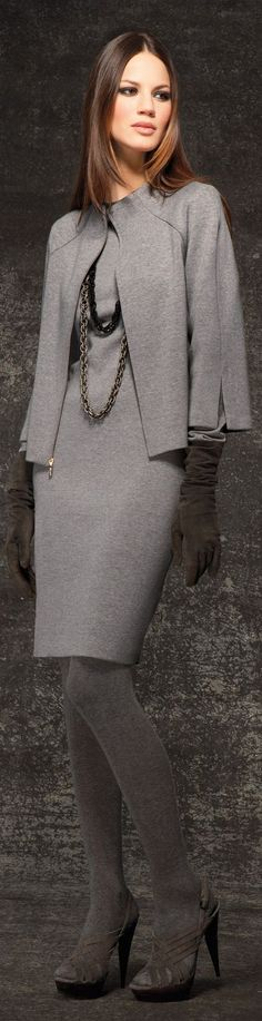 Thys is #HAUTE that #Cape sets it OFF! WERk! <> Women's fashion   Danijela Dimitrovska for St. John #ladybossfashion
