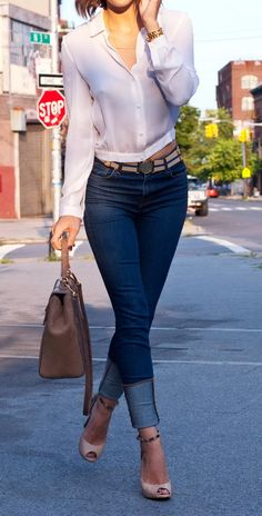 Blue Jeans / White Shirt | The Glamourai