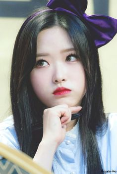 South Korean Girls, Korean Girl Groups, K Pop, Wubba Lubba, Wolf Colors, Demon Baby, Fandom, Singing In The Rain, Olivia Hye