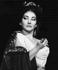 Maria Callas in Norma Maria Callas, Vampires, Coloratura Soprano, Divas, Set Design Theatre, Baby Jane, Louise Brooks, Women In Music, Opera Singers