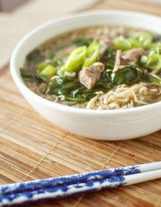 Pork and râmen soup