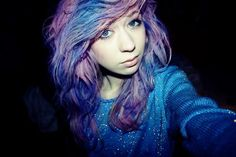 DIY Halloween Hair: DIY Halloween Hairstyles : Swim For Your Life - Health/Beauty - Hairstyles Indie Hair, Emo Hair, Pink Hair, Blue Hair, Washable Hair Color, Hair Jelly, Temporary Hair Dye, Victoria Fashion, Funky Hairstyles
