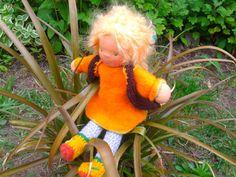Waldorf doll waldorf type big haired girl by MeseHely on Etsy Dinosaur Stuffed Animal, Dolls, Type, Big, Animals, Etsy, Baby Dolls, Animales, Animaux