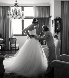 Vera Wang Wedding Dress...Just Beautiful