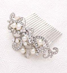 Bridal Veil Comb, Wedding Veil Headpiece, Crystal Bridal Hair Comb, Pearl Wedding Comb, Rhinestone Silver Combs, Crystal Pearl Hair Clip