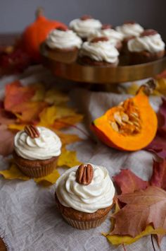 Pumpkin Cupcakes, Maple Syrup, Frosting, Sweet Treats, Baking, Desserts, Recipes, Food, Bread Making