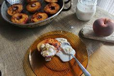 Dona Biscoito: Pêssegos no forno