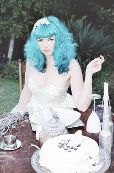Noiva de cabelos azuis