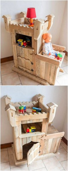 For the purpose of the perfect kids room decoration, the use of the kids creation with the beauty will always look incredible. Bring a cool and fancy appearance in your kids room area with the way of this awe inspiring designed wood pallet creation playful piece work right now!
