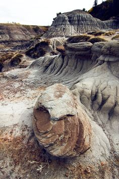 Horseshoe Canyon, Drumheller, Alberta, Canada My mom is from here! Drumheller Alberta, Canadian Travel, Parcs, Alberta Canada, Geology, Banff, Places To See, North America, Calgary