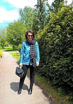 VGRV blog, denim shirt, windowpanel blanket scarf, black pants, vintage 80s black bag, black mules
