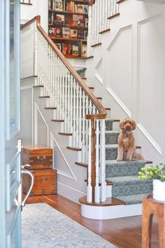 12 Best Carpet Stairs Railing - Dead or Alive? Grey Carpet Bedroom, Living Room Carpet, Pottery Barn, House Of Turquoise, Cheap Carpet Runners, Best Carpet, Carpet Styles, California Homes, Brentwood California