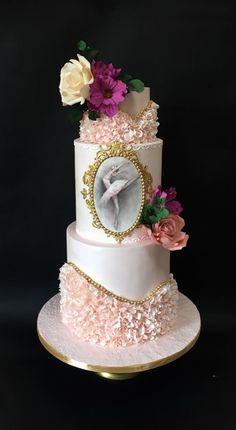 Pretty in pink ballerina birthday cake Dance Birthday Cake, 21st Birthday Cakes, Birthday Cakes For Teens, Ballerina Birthday, Ballet Cakes, Dance Cakes, Ballerina Cakes, Fondant Cakes, Cupcake Cakes