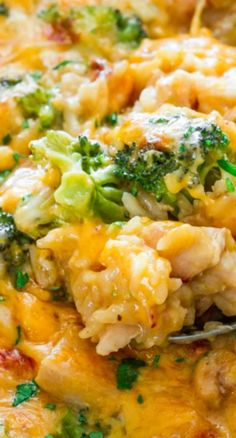 One Pot Cheesy Chicken Broccoli and Rice Casserole