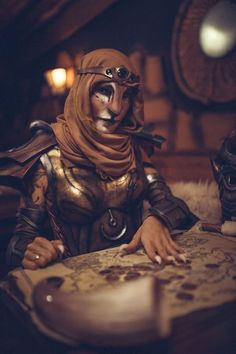 This amazing Elder Scrolls Tavern group cosplay took place at the Excalibur Witten tavern and features the Lightning Cosplay duo as the Khajiit and Nord and Monono Cosplay as the Dunmer. Photography by eosAndy. Elder Scrolls Games, The Elder Scrolls, Elder Scrolls Online, Fantasy Rpg, Medieval Fantasy, Dark Fantasy, Skyrim Cosplay, Anime Cosplay, Elder Scrolls Tamriel
