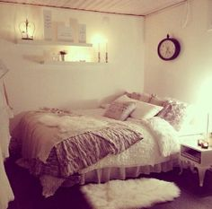 Love the cozy bed!
