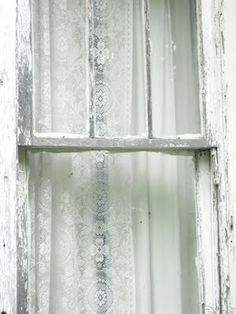Inspiration Lane Looks like My Grandma Smith's Windows!