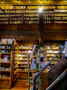 Tao Natural Foods / Shop