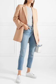 Beige Blazer Outfit, Blazer Outfits, Anthony Thomas, Mein Style, Faded Jeans, Classy Casual, Fashion Lookbook, Printed Skirts, Types Of Fashion Styles